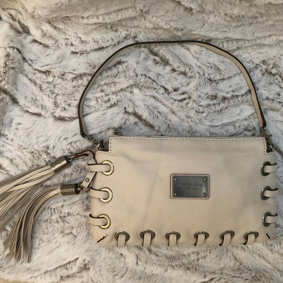 Michael Kors Vanilla Clutch geniune leather